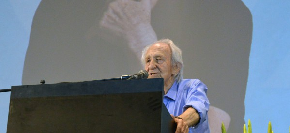 World's Oldest Working Journalist, 90-Year-Old Holocaust Survivor Noah Klieger, Honored in Tel Aviv
